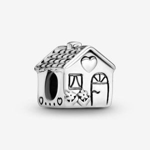 ❤️Pandora Little House Charm